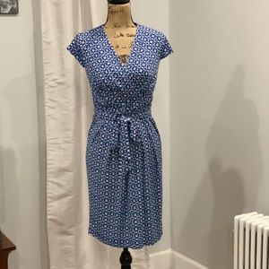 Jessica Simpson belted dress size 4